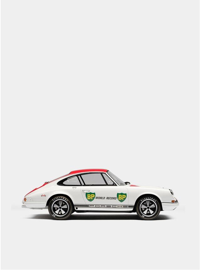 1967 Porsche 911R 1:18 Scale Model