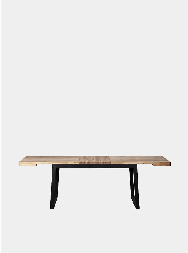 Infinito Oak Dining Table