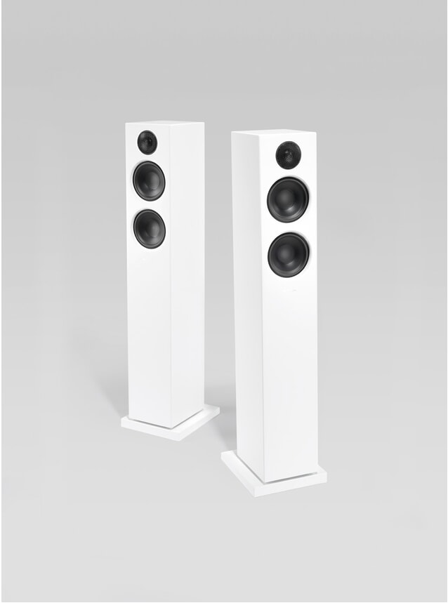 White Addon T20 Wireless Speakers