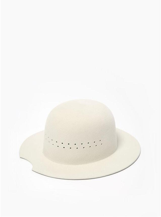 XI Aries Hat