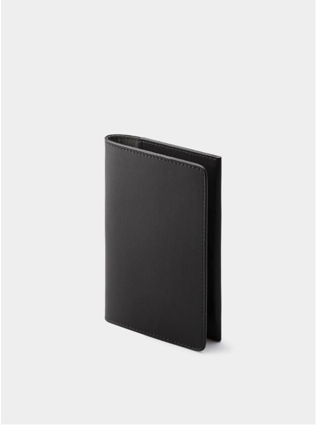 Black / Grey Lining Weston Leather Passport Holder