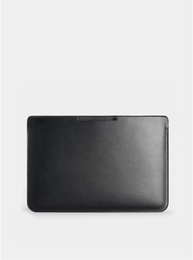 "Black Walton 15"" Macbook Sleeve"