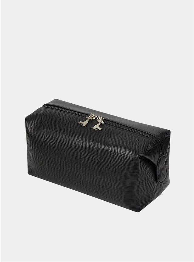Magnetic Wash Bag in soft black leather