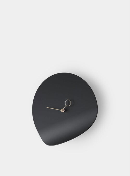 Black Curvo Wall Clock