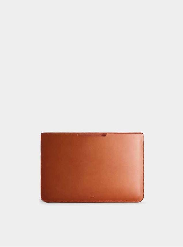 """Cognac 16"""" Walton MacBook Pro Sleeve"""