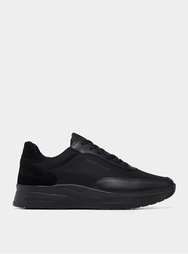 All Black Runner Moda Jet Sneakers