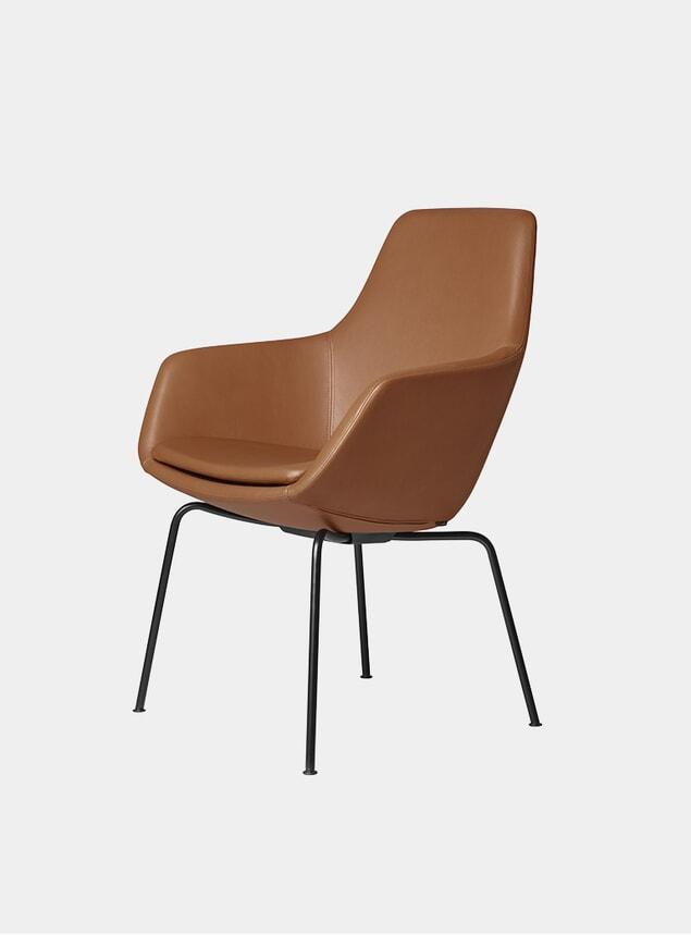 Walnut / Grace Leather Little Giraffe Chair