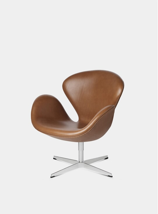 Walnut Grace Leather Swan Chair