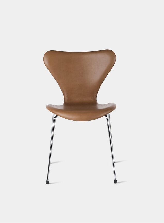 Walnut / Wild Leather Series 7 Chair