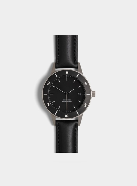 Black Bezel D Series Watch