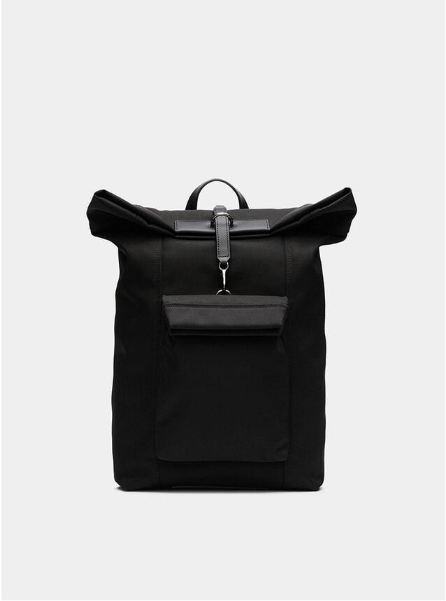 Black / Black M/S Escape Backpack