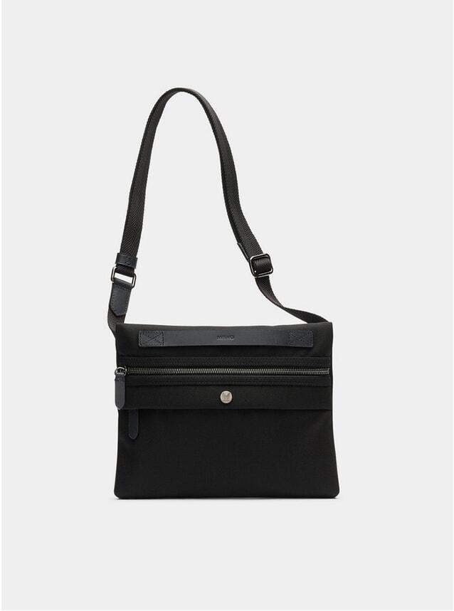 Black / Black M/S Fly Bag