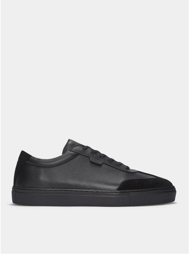 Triple Black Series 3 Sneakers
