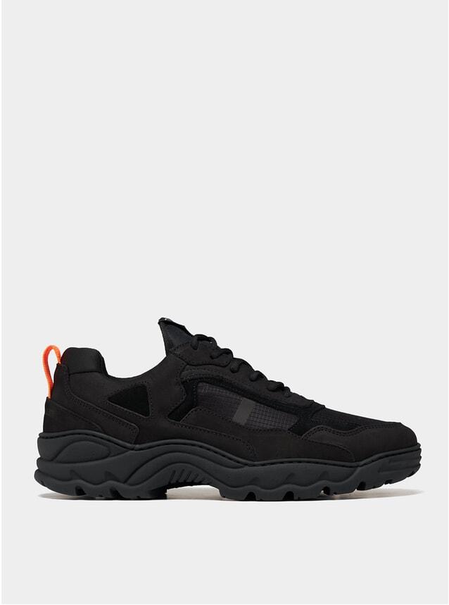 Black Low Curve Iceman Trimix Sneakers