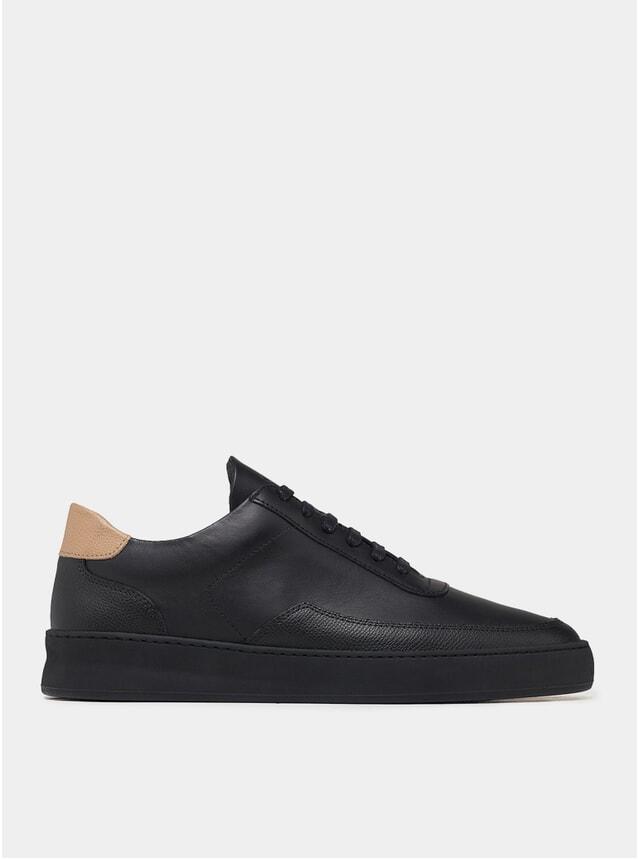 Crumbs / Black Low Mondo Sneakers