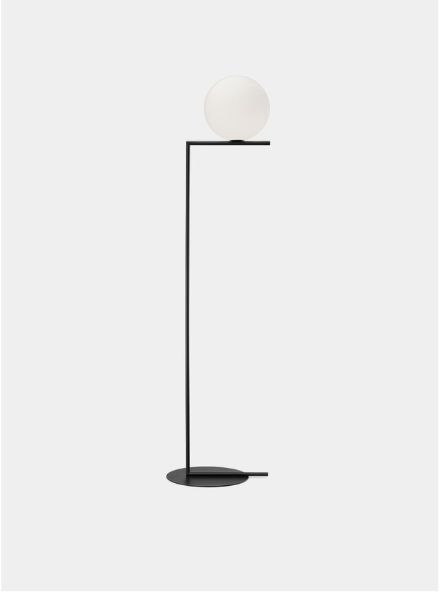 Black IC F2 Floor Lamp