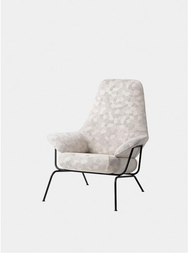 Natural Razzle Dazzle Hai Chair