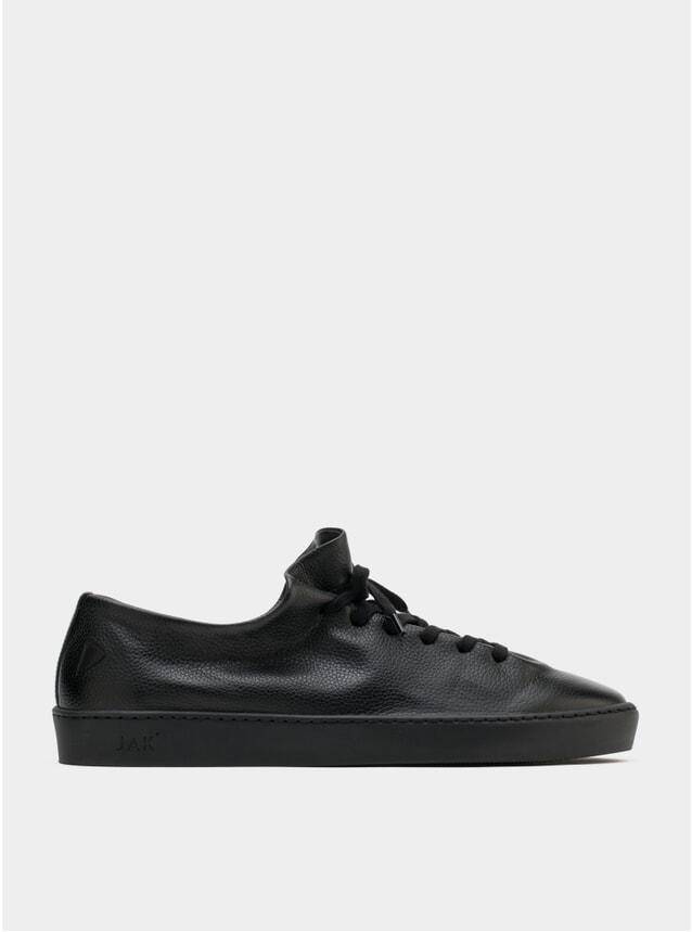 Atom All Black Sneakers