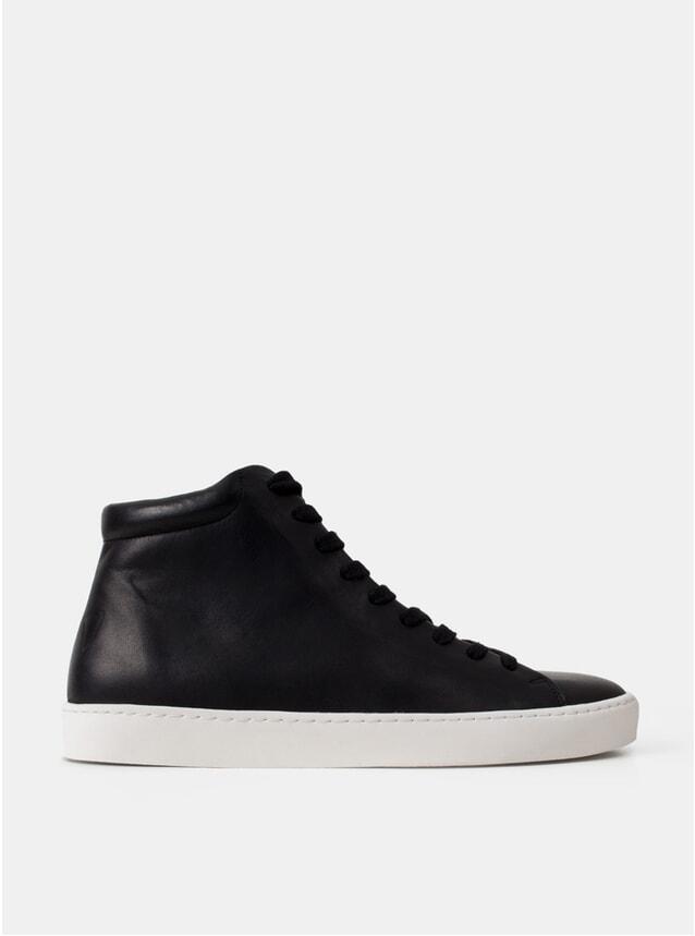 Royal Hi Black Sneakers