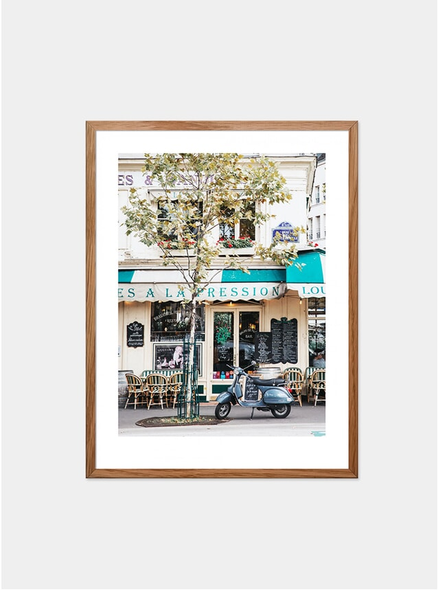 Cafe Louise-Philippe Photograph