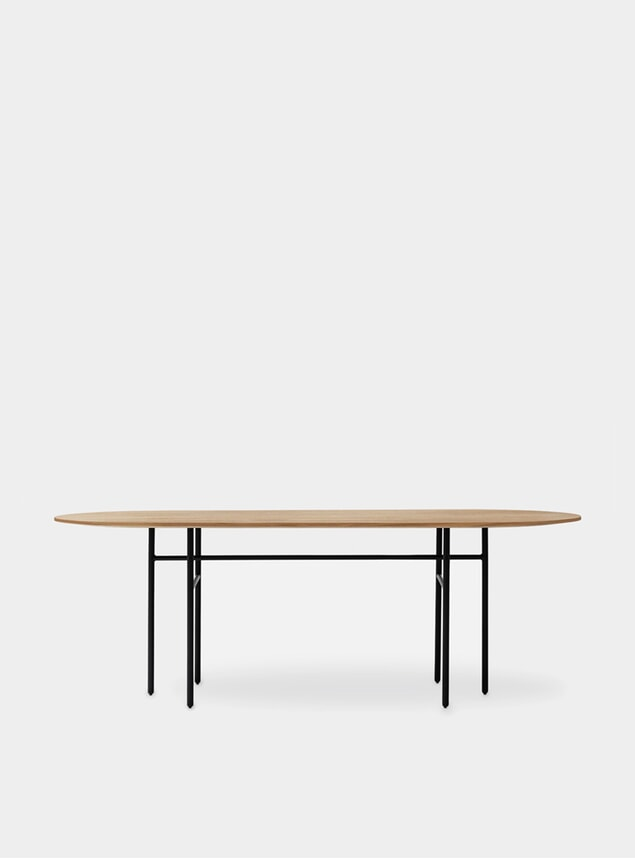 Black / Oak Oval Snaregade Dining Table