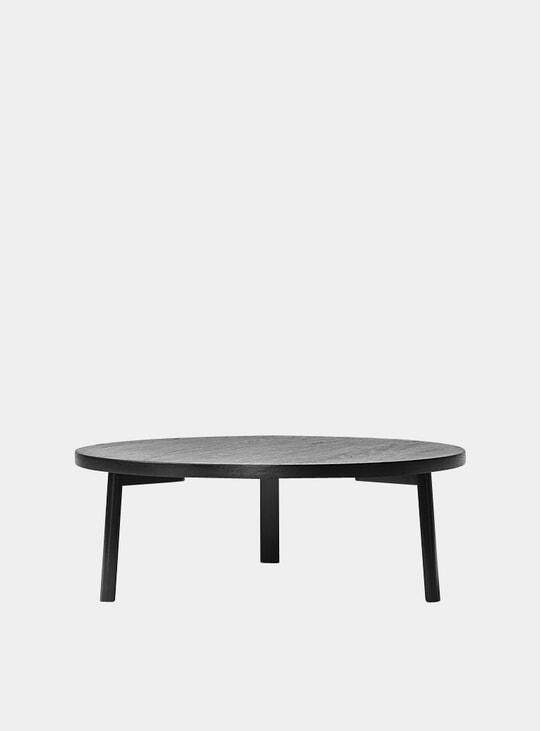Black Veneer Ease Lounge Table