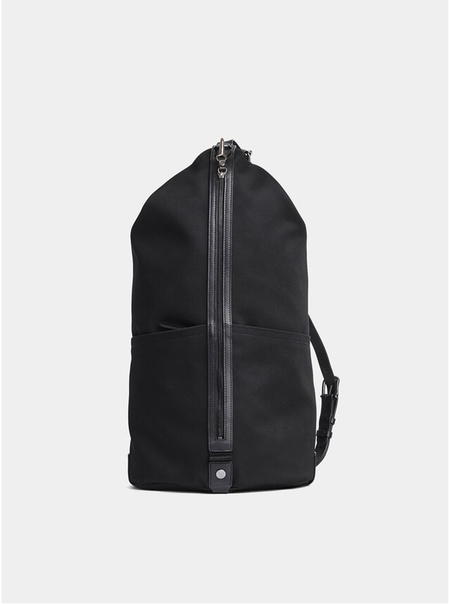 Black / Black M/S Carpet Backpack