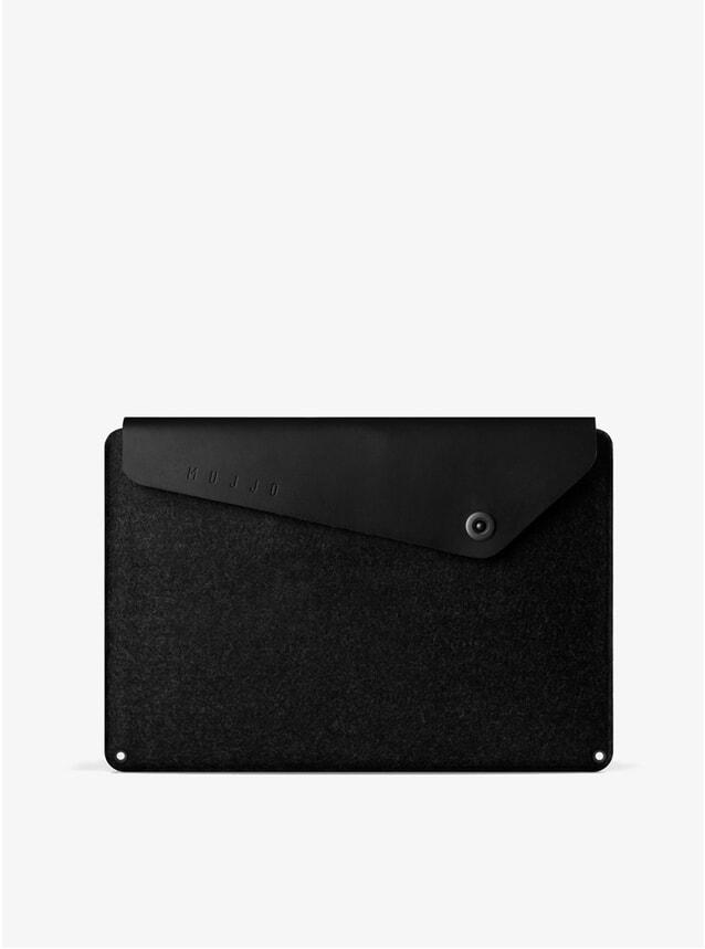 "Black 15"" Macbook Pro Sleeve"
