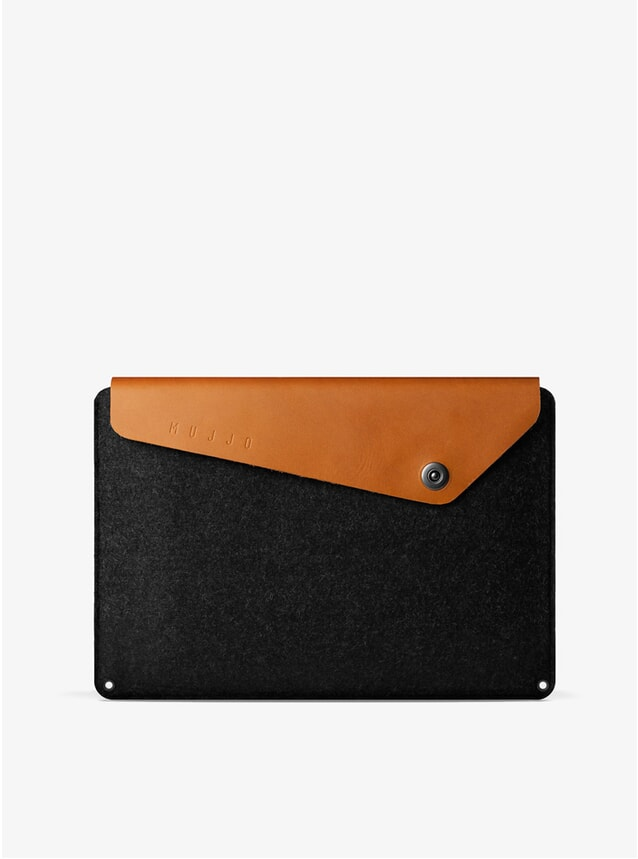 "Tan 15"" Macbook Pro Sleeve"