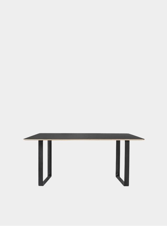 Black 70/70 Table