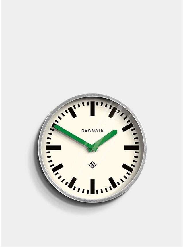 Green / Metal Luggage Clock