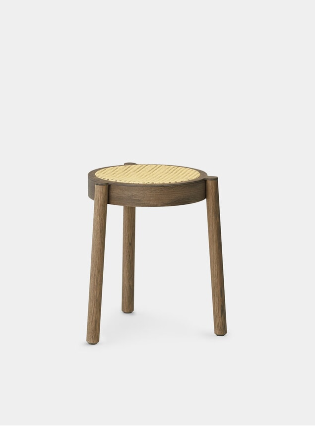 Smoked Oak / Cane Mesh Pal Stool