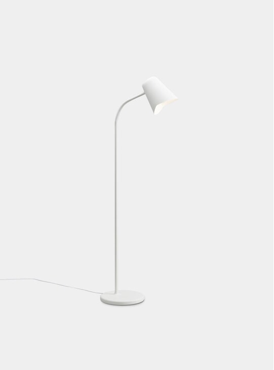 White Me Floor Lamp
