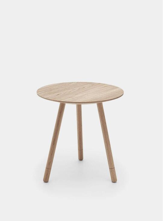 Natural Oak Bison Side Table