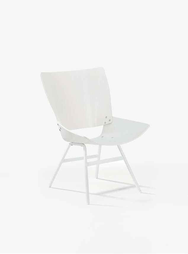 White Shell Lounge Chair