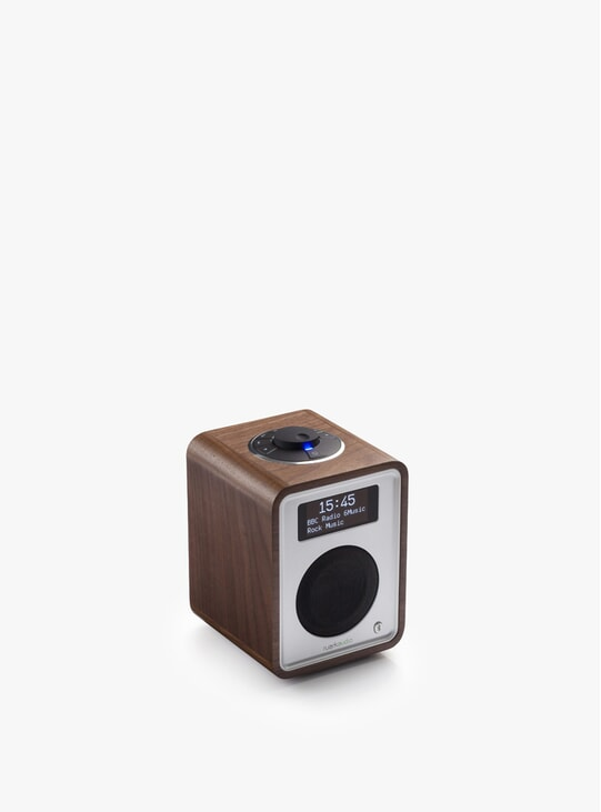 Walnut R1 Deluxe Bluetooth Radio