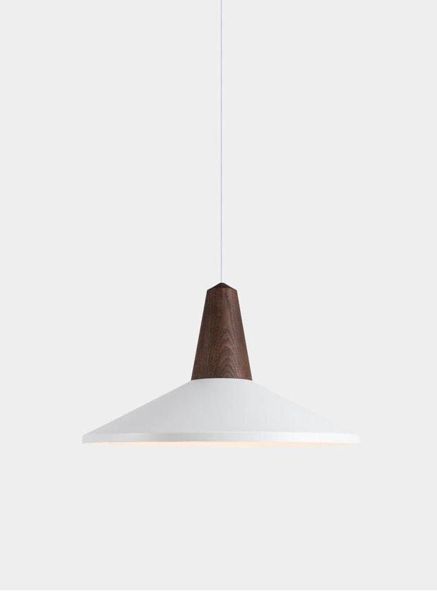 White Eikon Shell Light