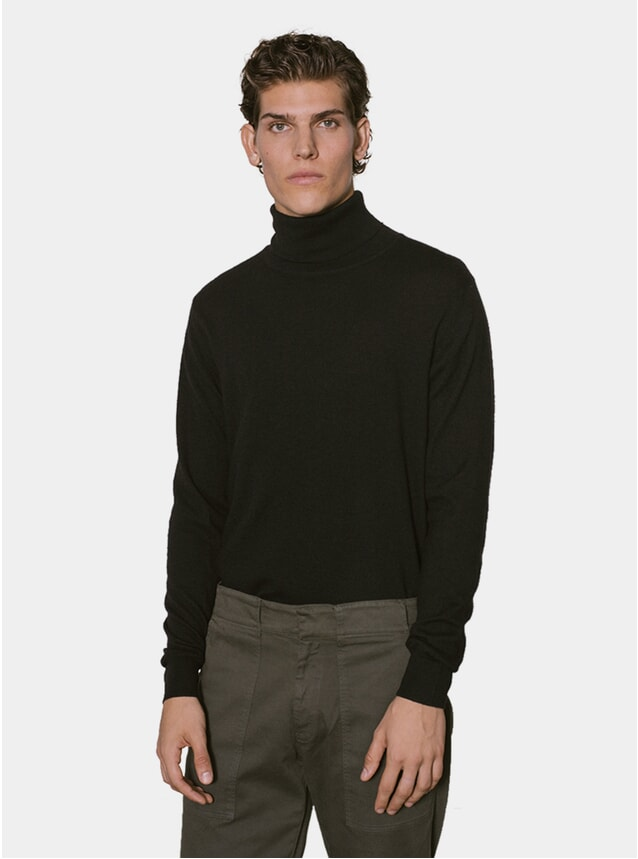 Black Cashmere Turtleneck
