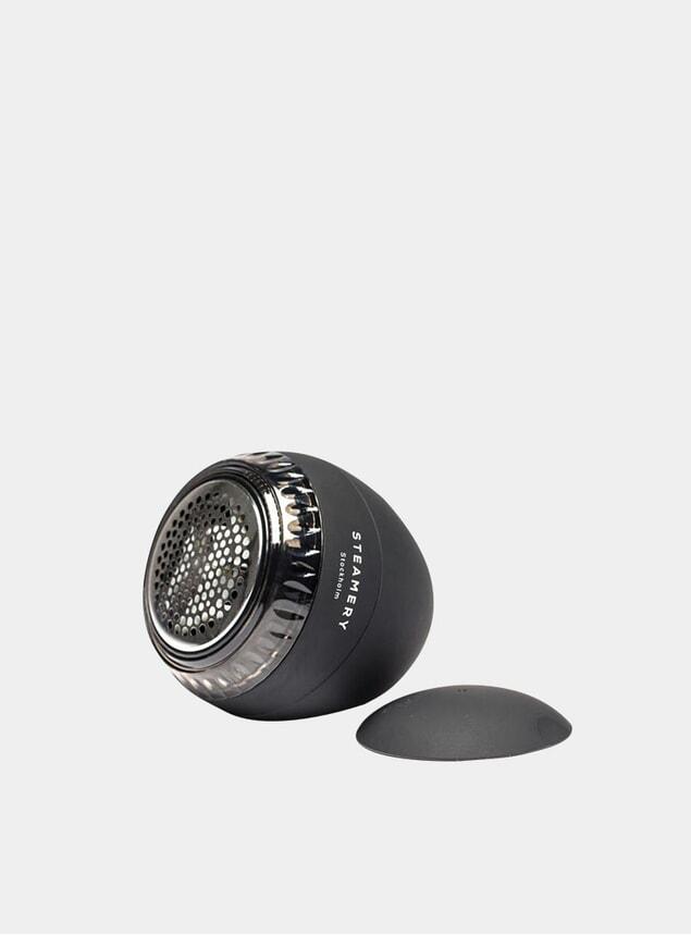 Black Pilo Fabric Shaver