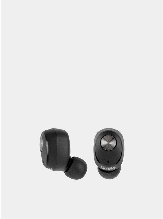 Black Niva Wireless Earphones