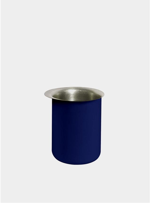 Blue Ayasa Pourer