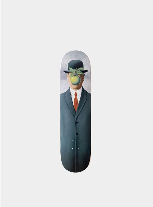 René Magritte's Le fils de l'homme