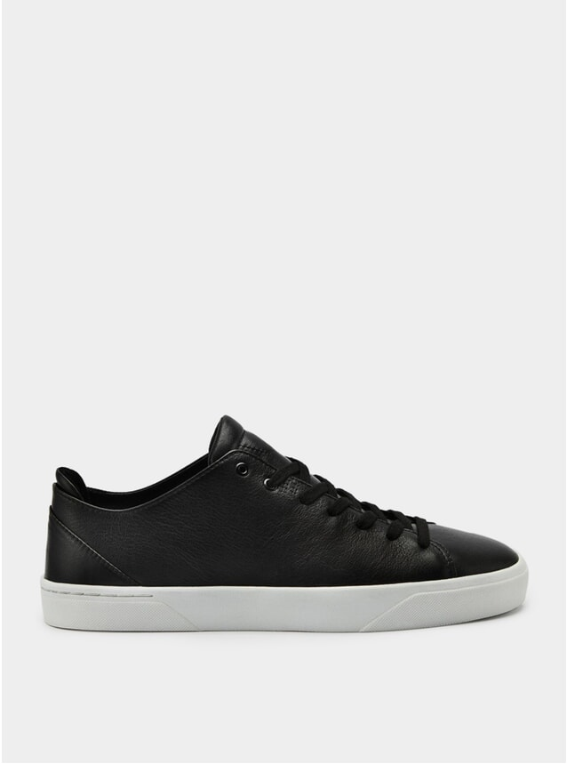 1A Black / White Sneakers