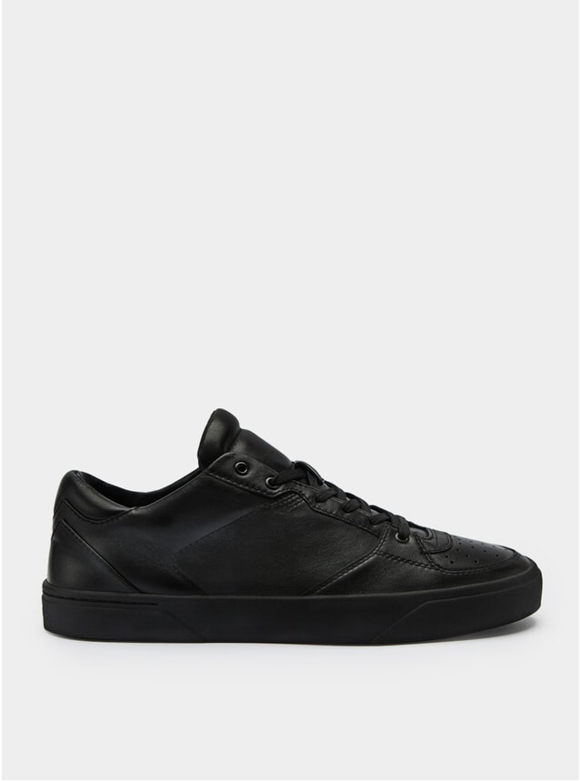 2A Deep Black Sneakers