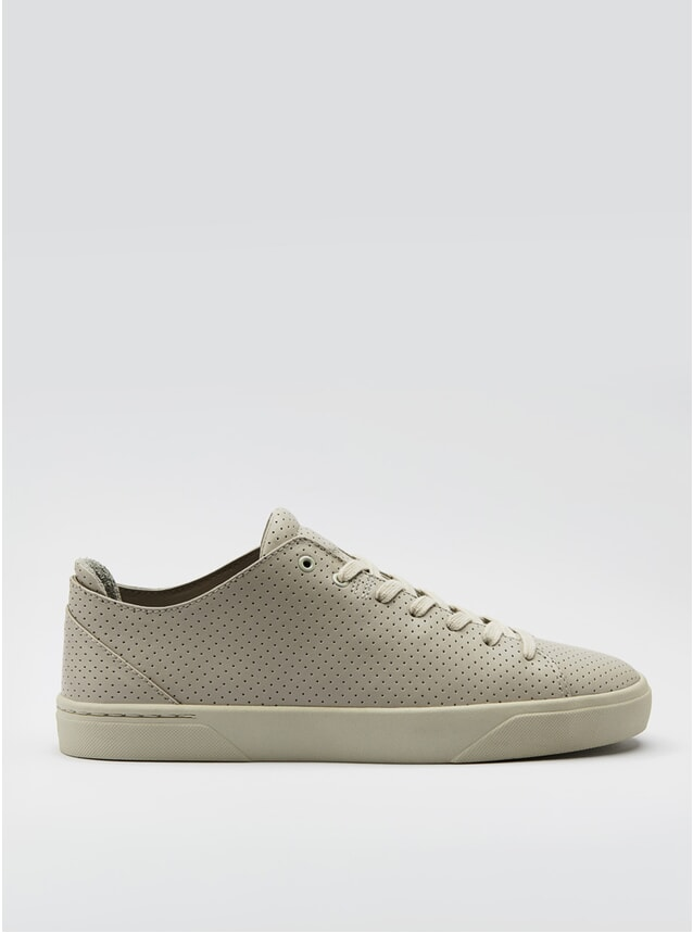 1A Cremeweiss Perforiert Sneakers