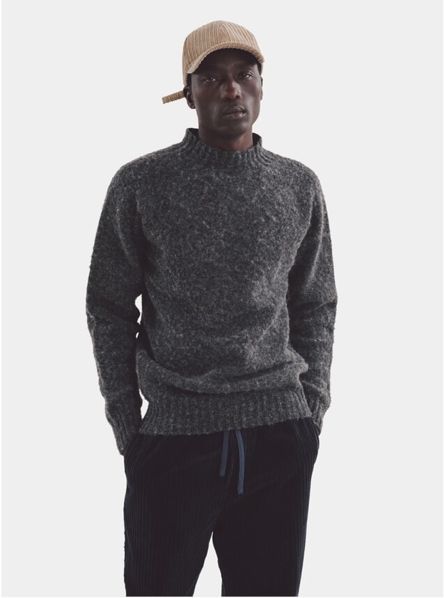 Charcoal Montand Turtle Neck