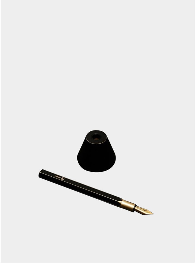 Black Desk Fountain Pen