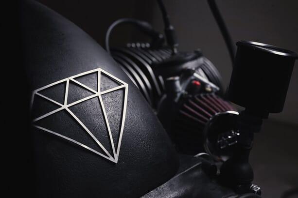 bmw-r100r-diamond-atelier-2