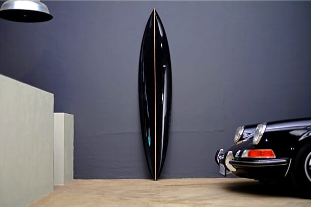 Dutchmann_new_black_surfboard_2