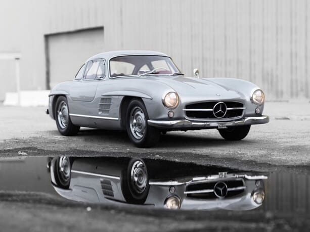 Mercedes-Benz-300SL-3
